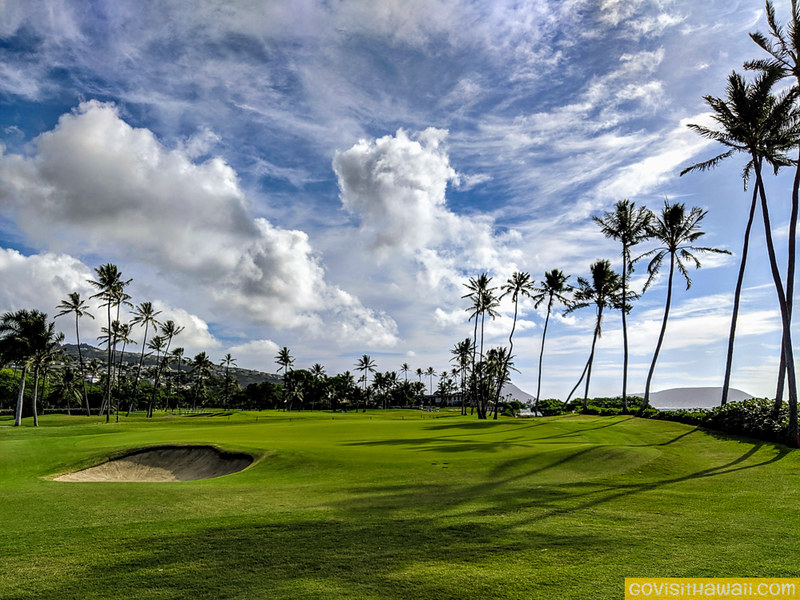 Hawaii governor says visitors welcome again starting November 1, 2021